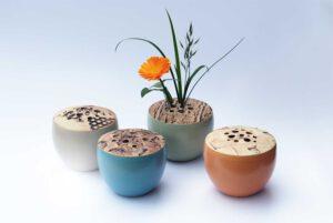 dekorierte Vasen